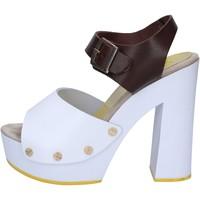 Schoenen Dames Sandalen / Open schoenen Suky Brand AC486 Marron