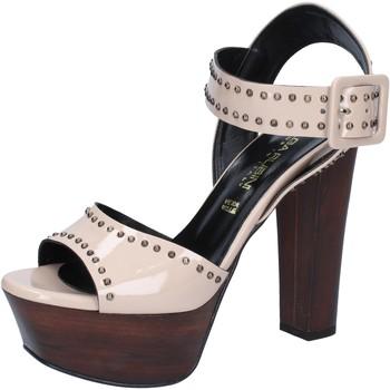 Schoenen Dames Sandalen / Open schoenen Olga Rubini Sandales BY316 Beige