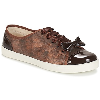 Schoenen Dames Lage sneakers André BOUTIQUE Brown