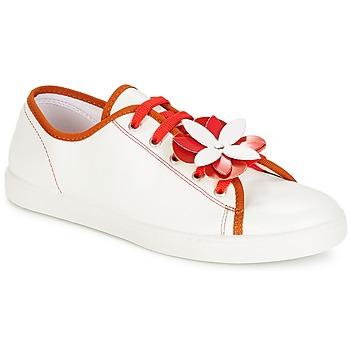 Schoenen Dames Lage sneakers André GUIMAUVE Rood