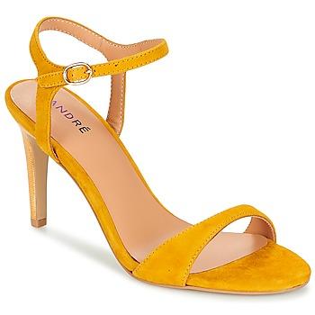 Schoenen Dames Sandalen / Open schoenen André SAXO Geel
