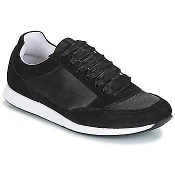 Schoenen Dames Lage sneakers André OPERA Zwart