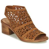 Schoenen Dames Sandalen / Open schoenen André CARIOCA  camel