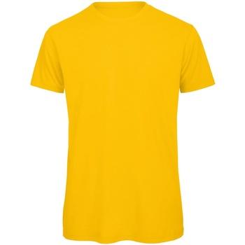 Textiel Heren T-shirts korte mouwen B And C Organic Goud