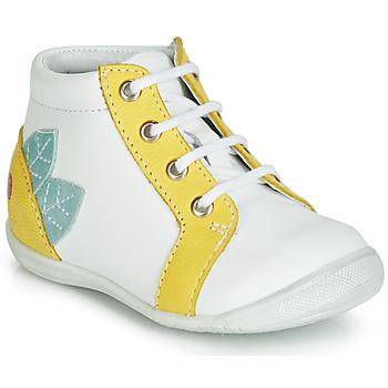 Schoenen Meisjes Hoge sneakers GBB FRANCKIE Wit / Geel
